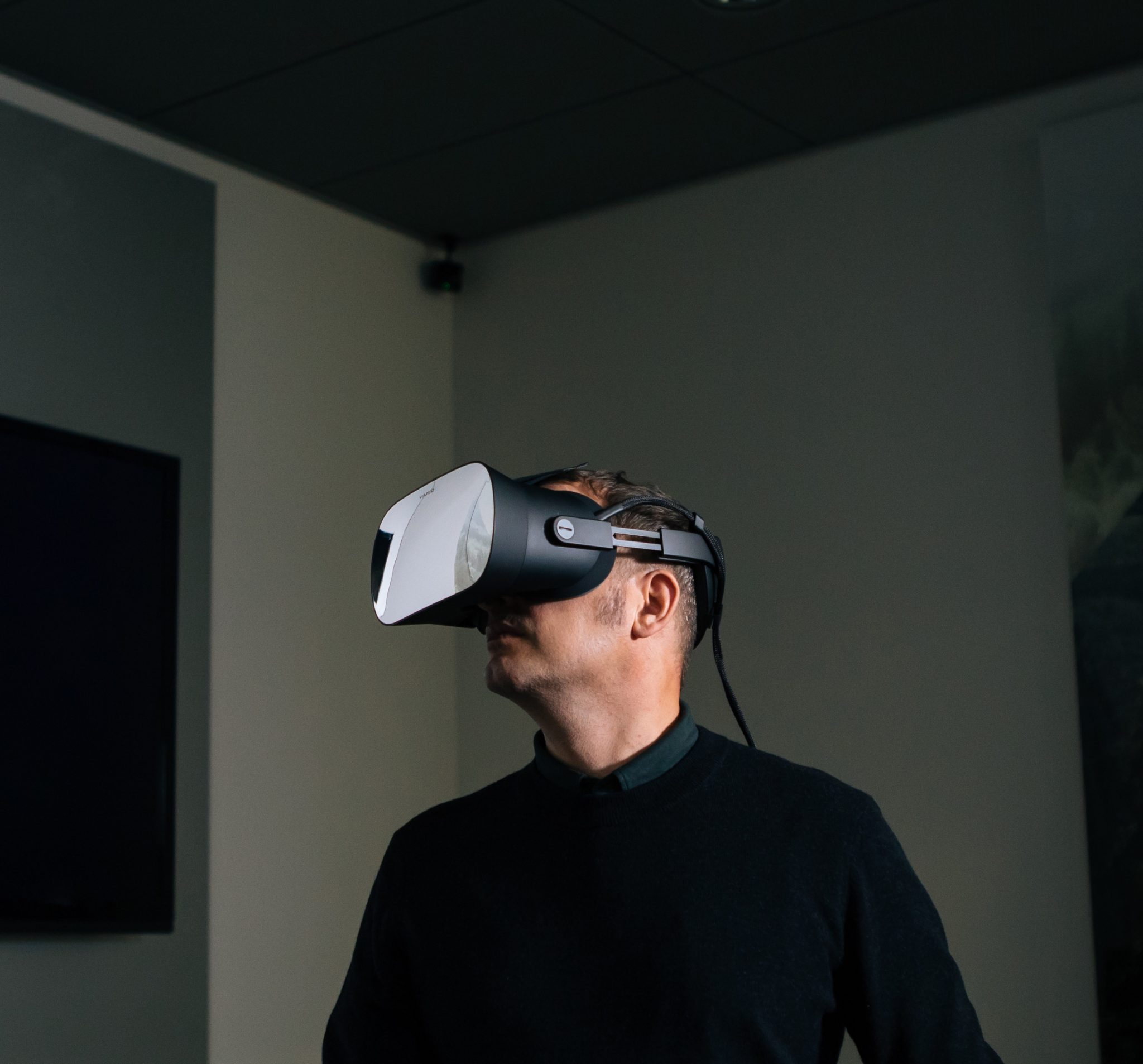Case Audi: Designing the car of the future with human-eye resolution VR