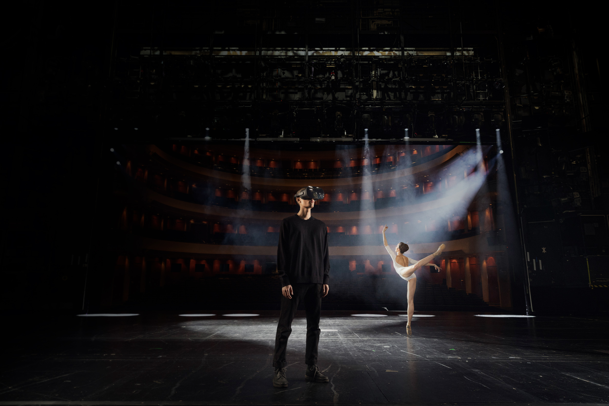Virtual Reality Opera & Ballet Stage Production